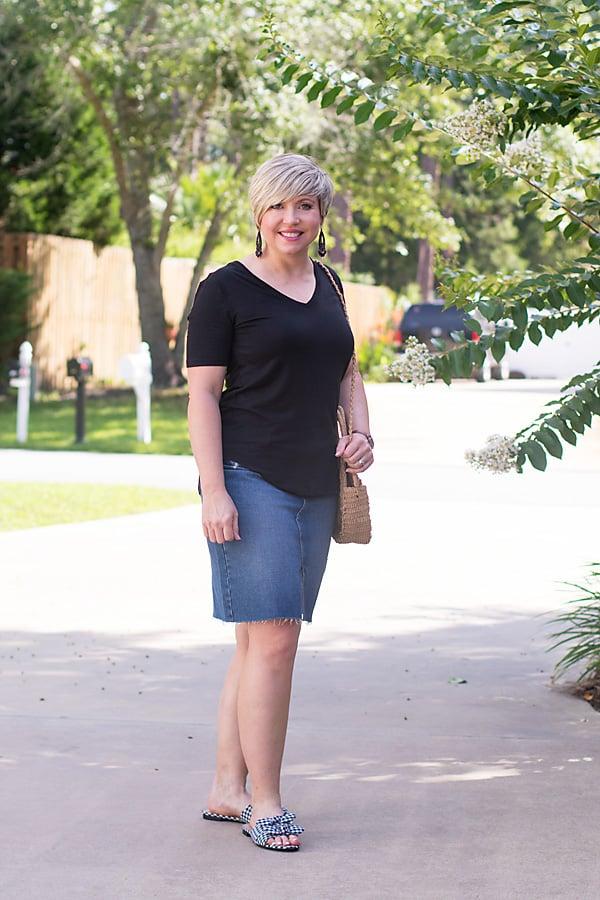 summer fashion, tshirt and denim skirt outfit