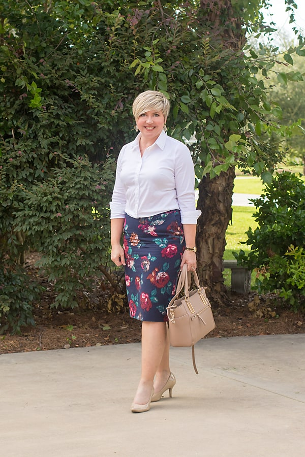 office outfit, button up shirt