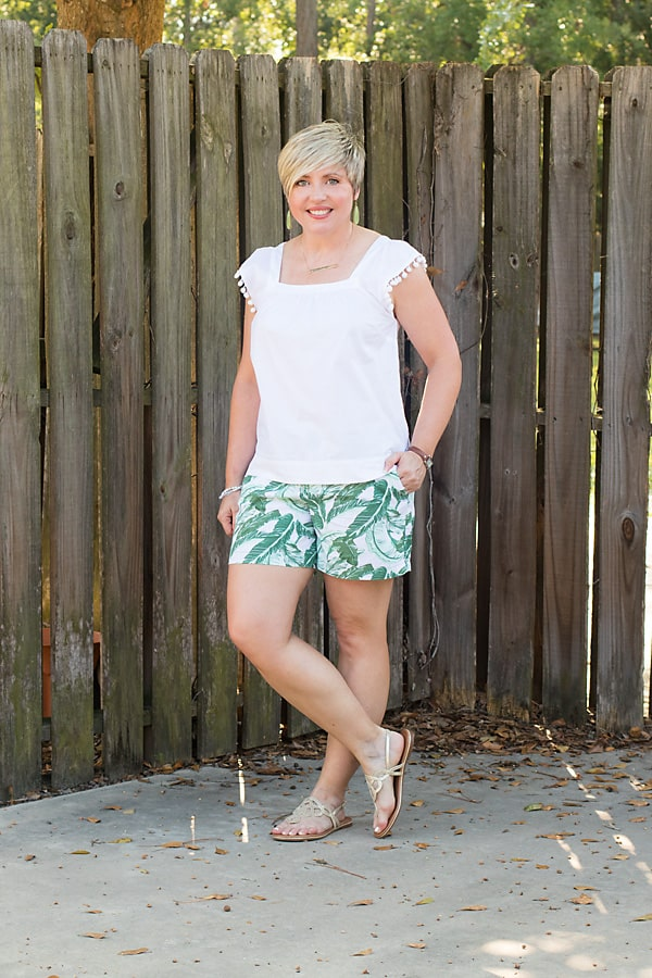 summer trends, pom pom trim top, summer style, summer fashion, palm shorts outfit