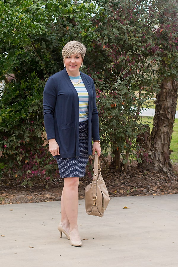 spring pencil skirt outfit