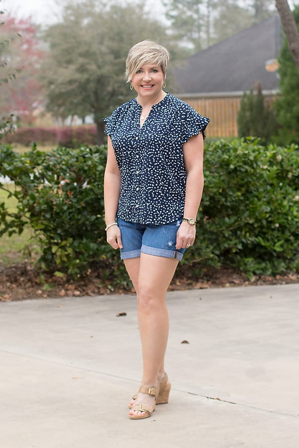 summer outfit women over 40