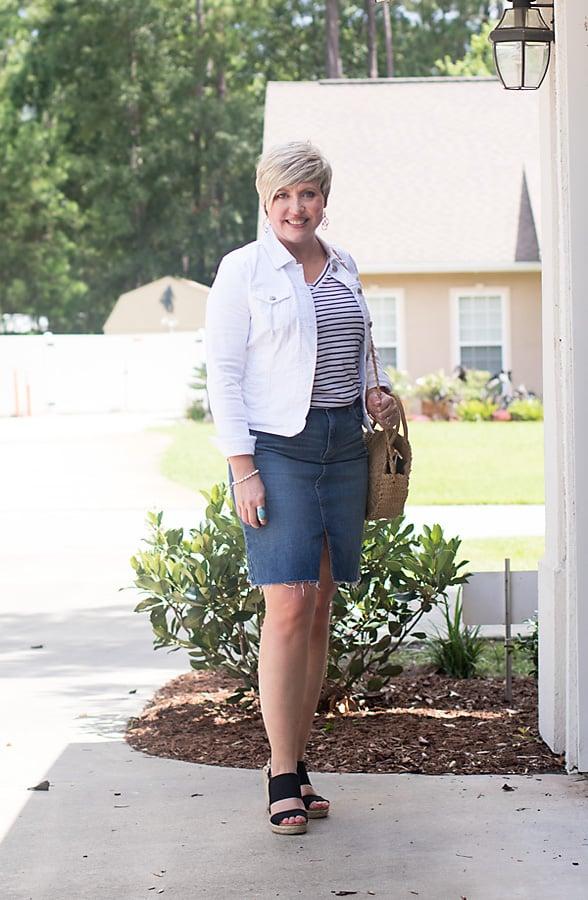 denim pencil skirt outfit