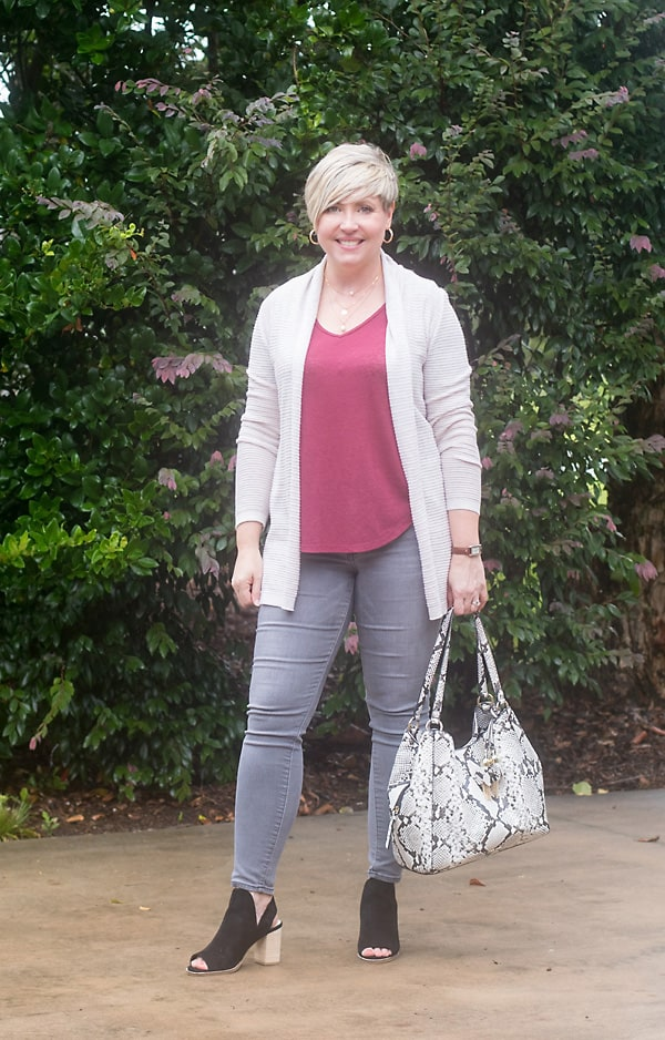 fall capsule outfit, neutral cardigan outfit