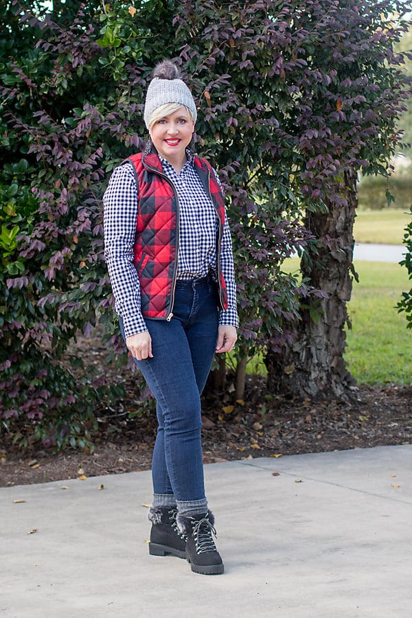 womens winter outfit with gingham and plaid pattern mixing
