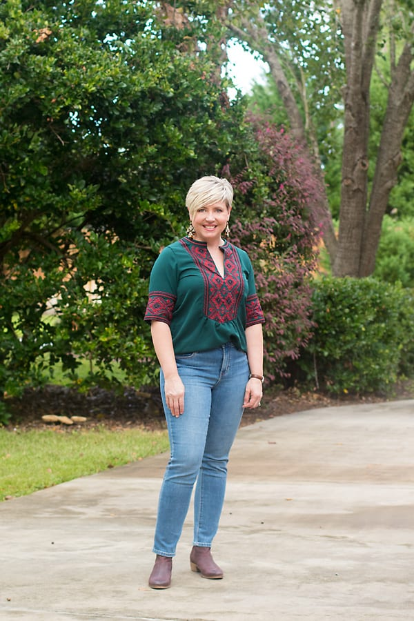 fall outfit with embroidered top. Embroidery as a fashion element