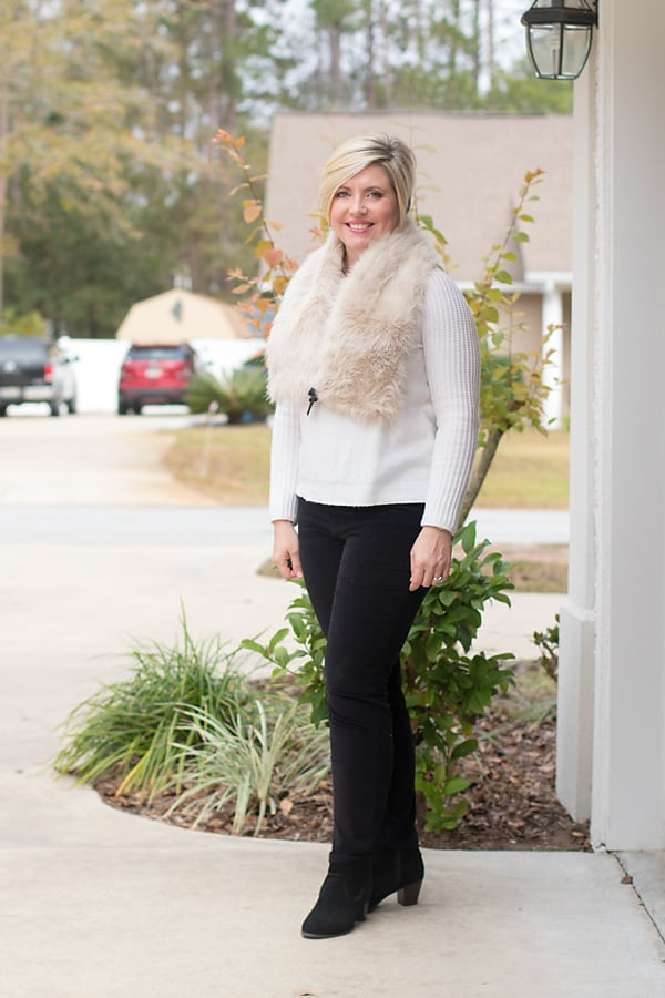 faux fur scarf with sweater and velvet pants Christmas outfit