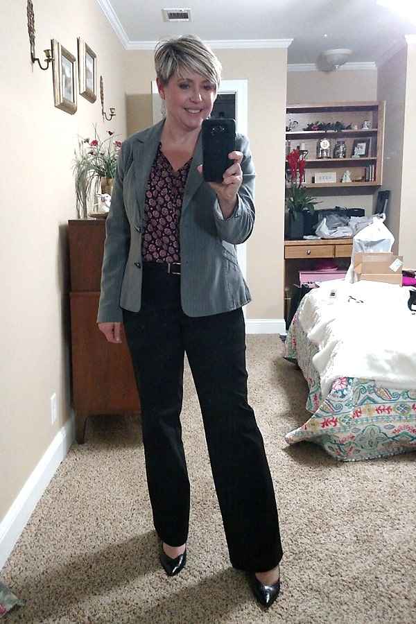 women's office outfit