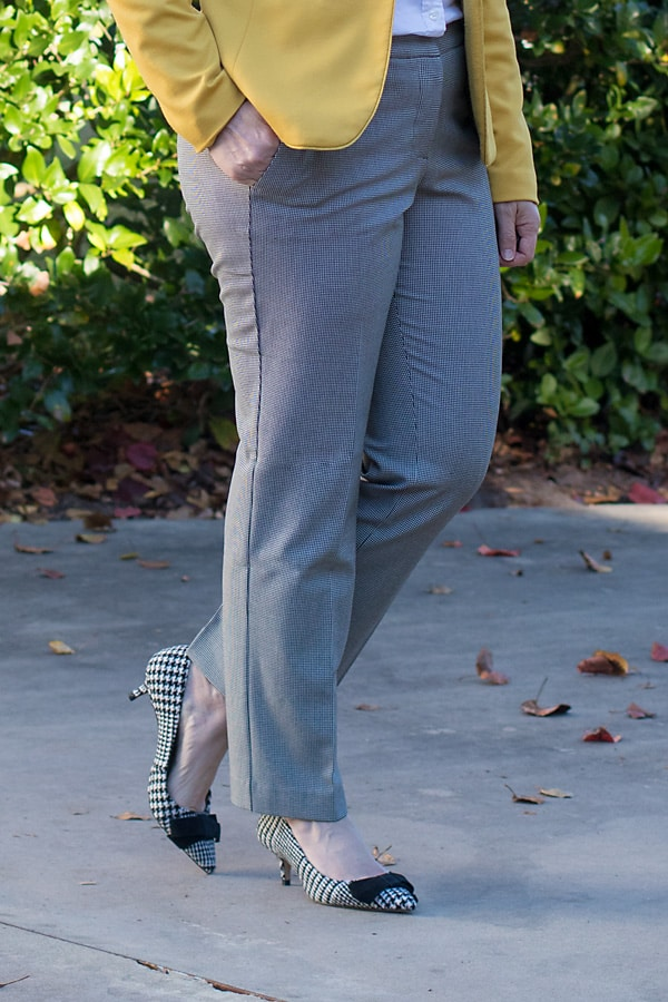 houndstooth bow pumps