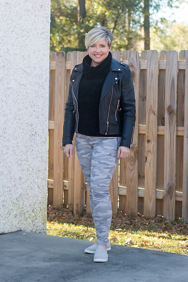 winter camo pants outfit to break a winter style rut