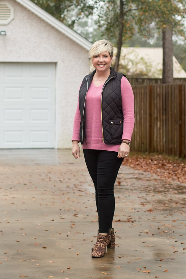 vest and tunic sweater outfit