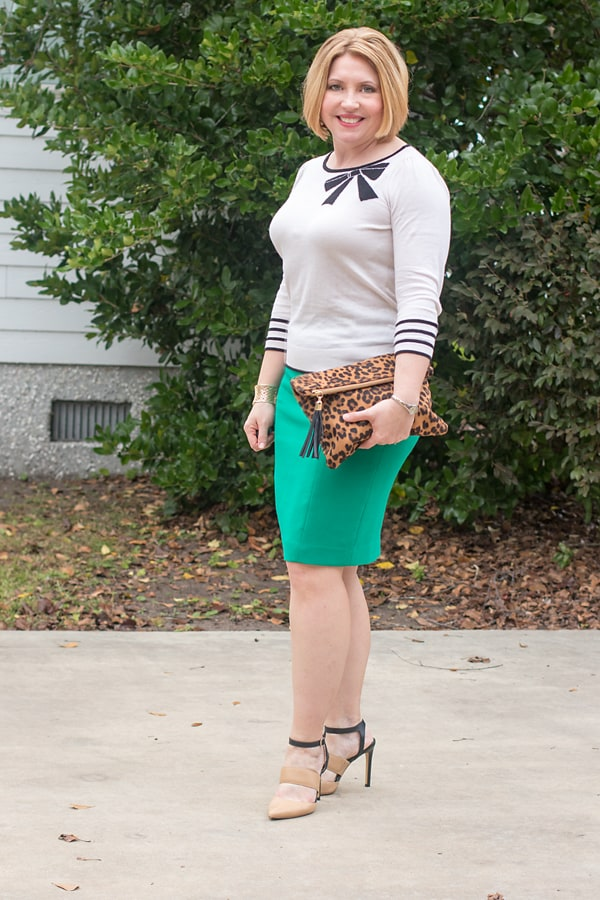 pencil skirt office outfit
