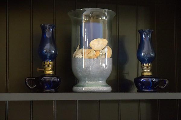 hurricane vase candle arrangement