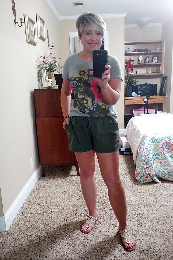 drawstring linen shorts outfit