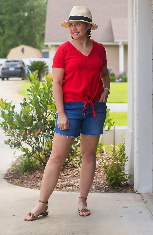 Wear denim cut offs for an easy Fourt of July outfit.