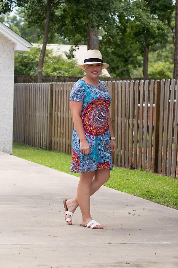 tshirt dress and straw hat