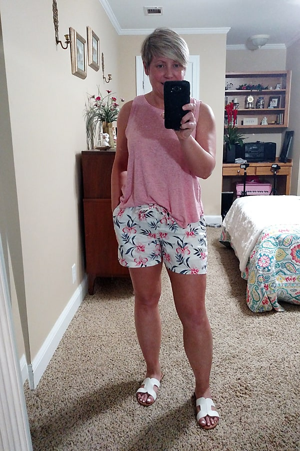 easy tank top and pull on shorts outfit