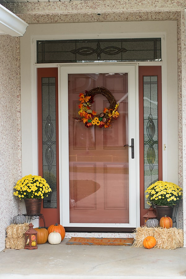 fall home decor, front porch decor, fall porch decor