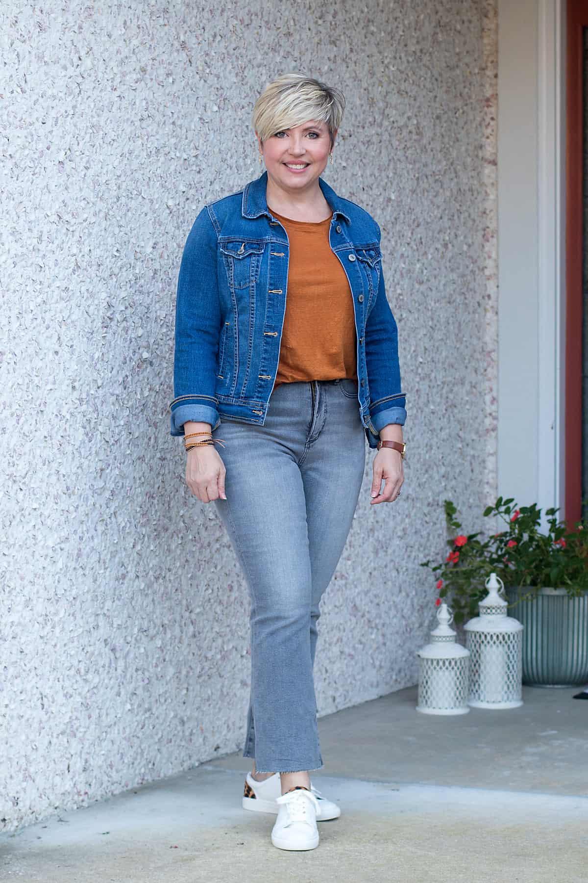 grey kick crop jeans with denim jacket