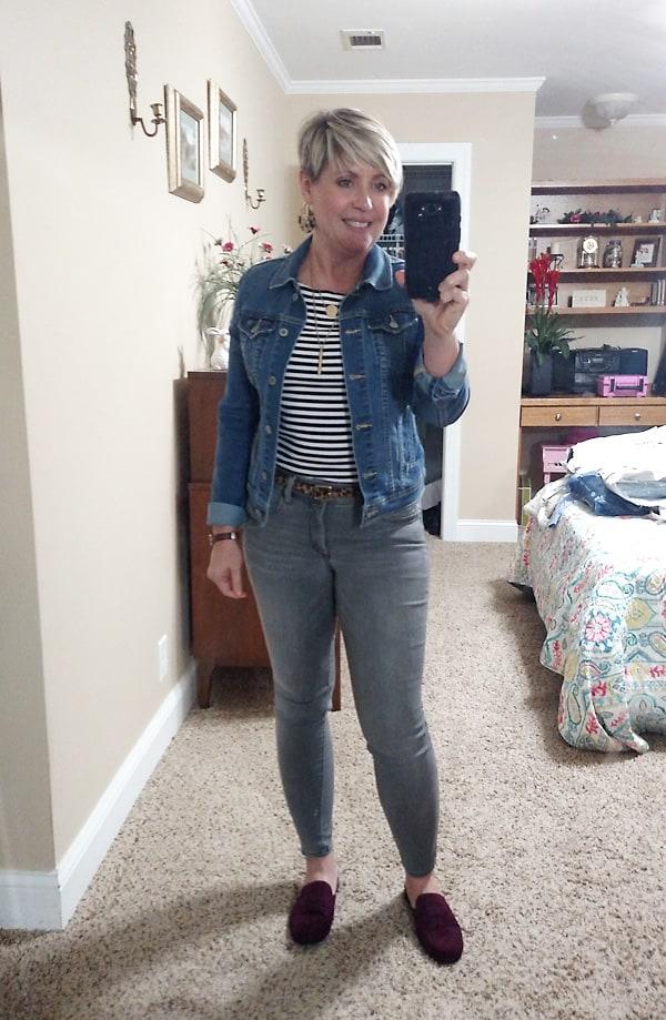 grey jeans with denim jacket