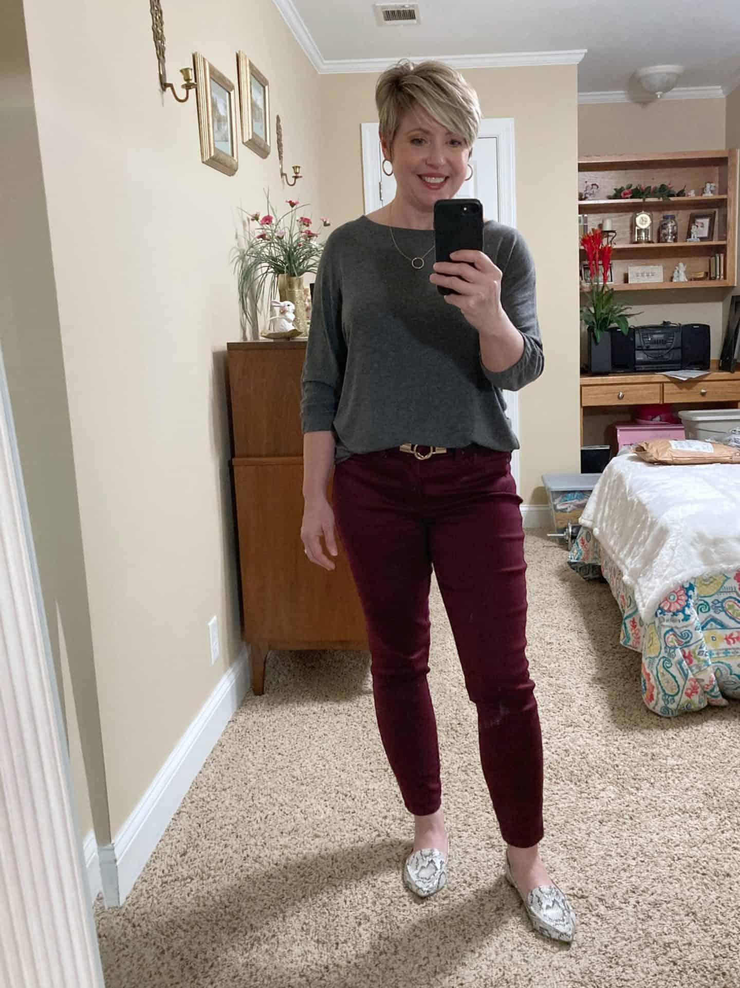 fall outfit for women over 40, burgundy jeans and snakeksin flats, outfits for errands and casual outings