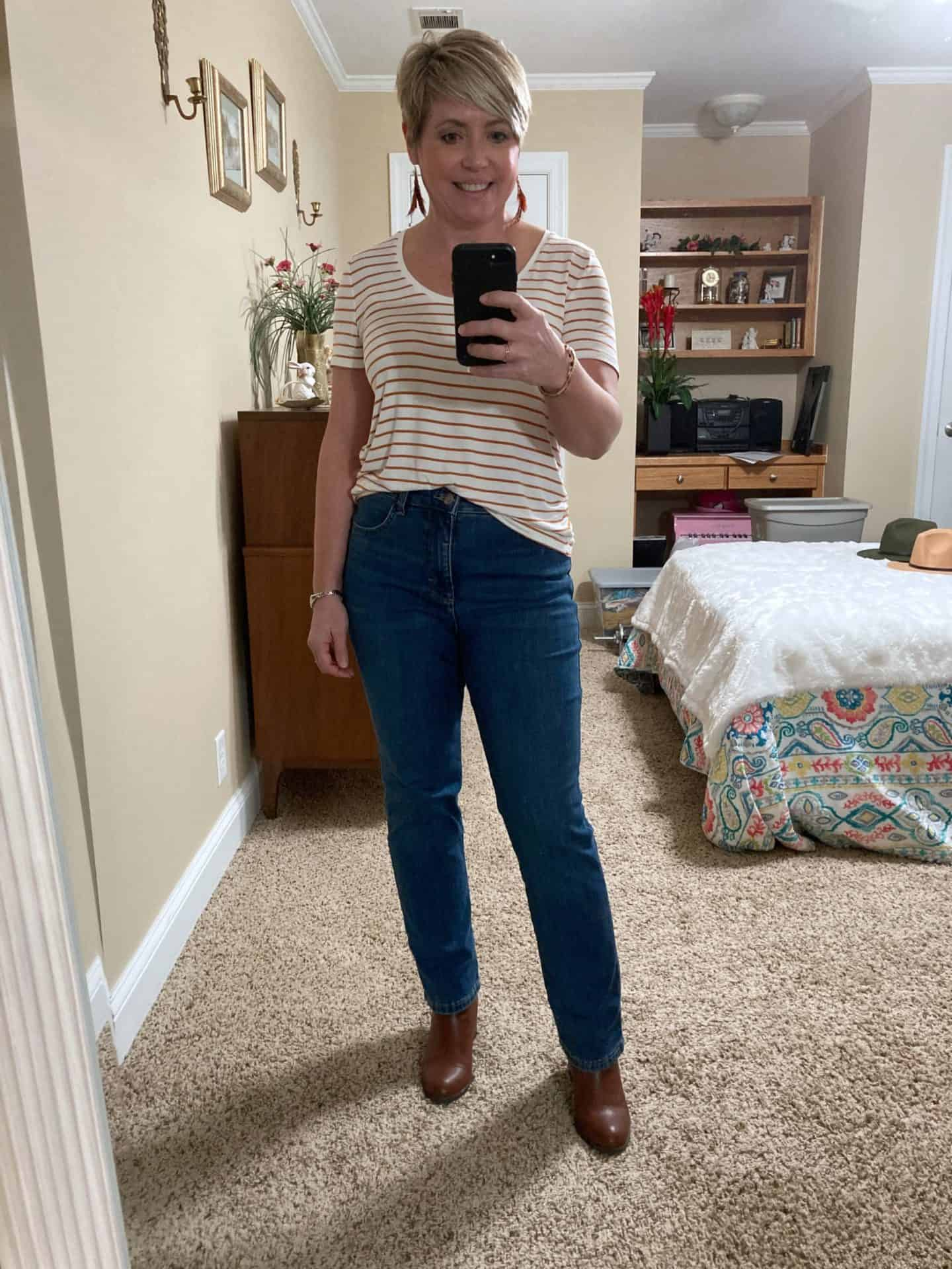 straight leg jeans fall outfit