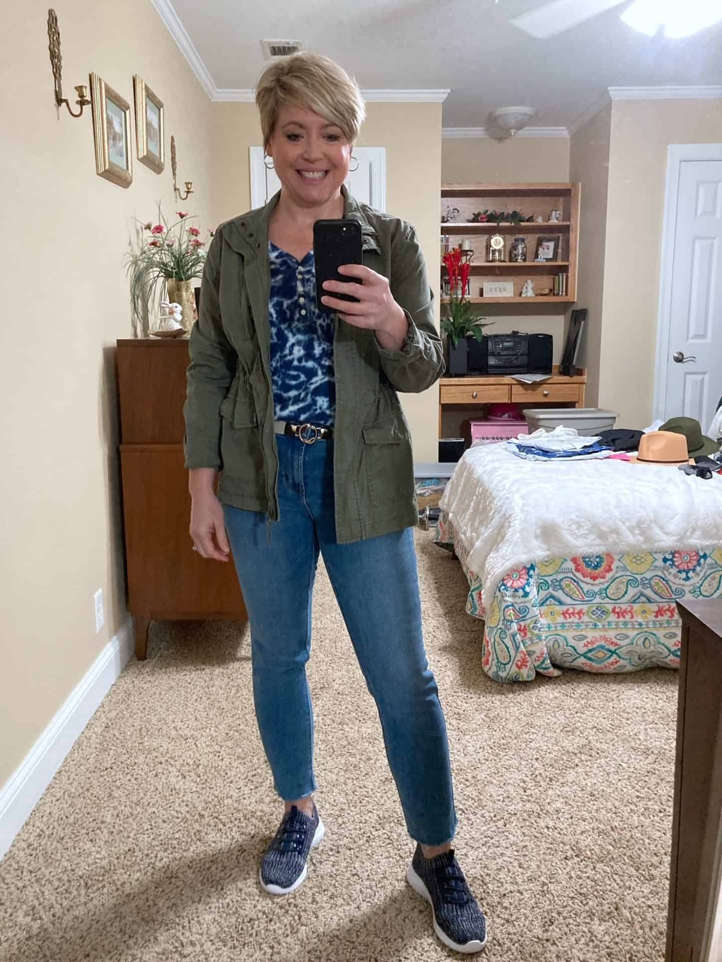 casual utility jacket outfit