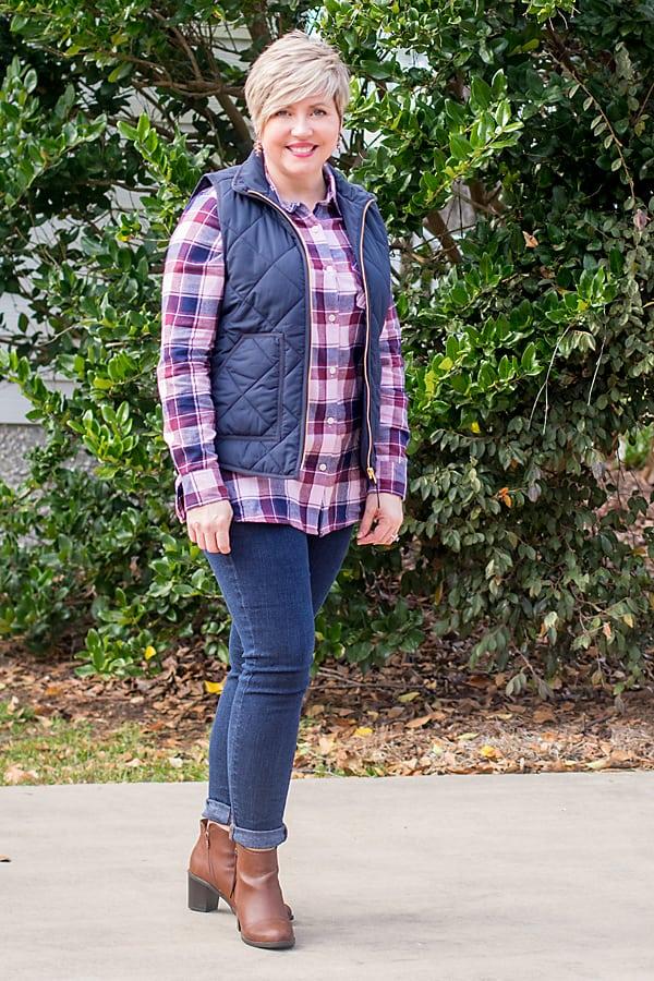 plaid shirt fall outfit