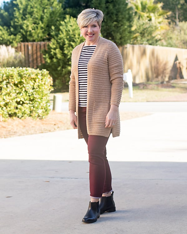 women's cardigan outfit