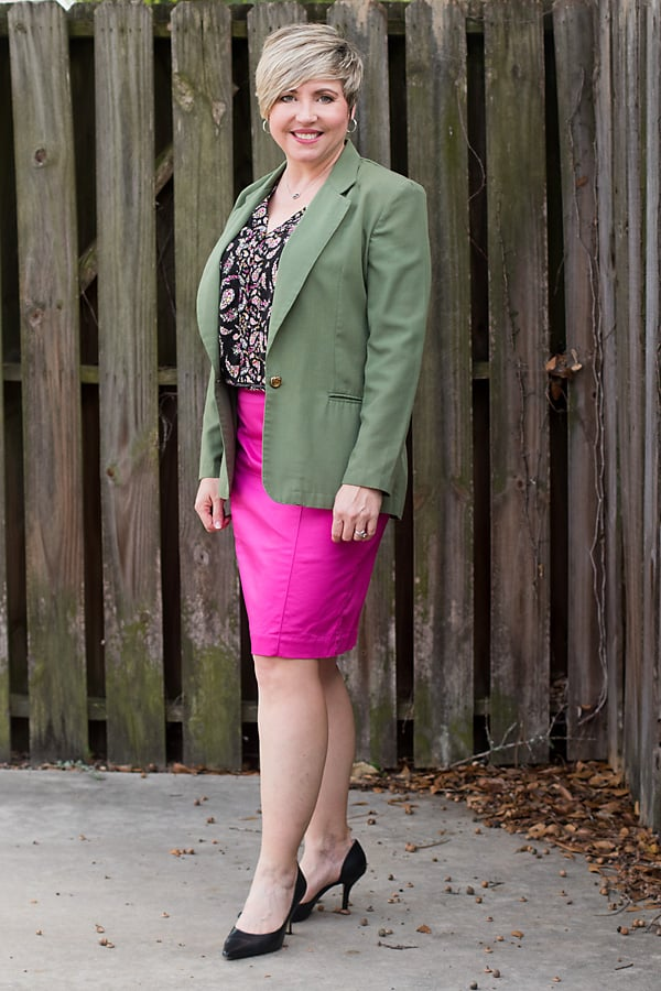 women's spring pencil skirt outfit