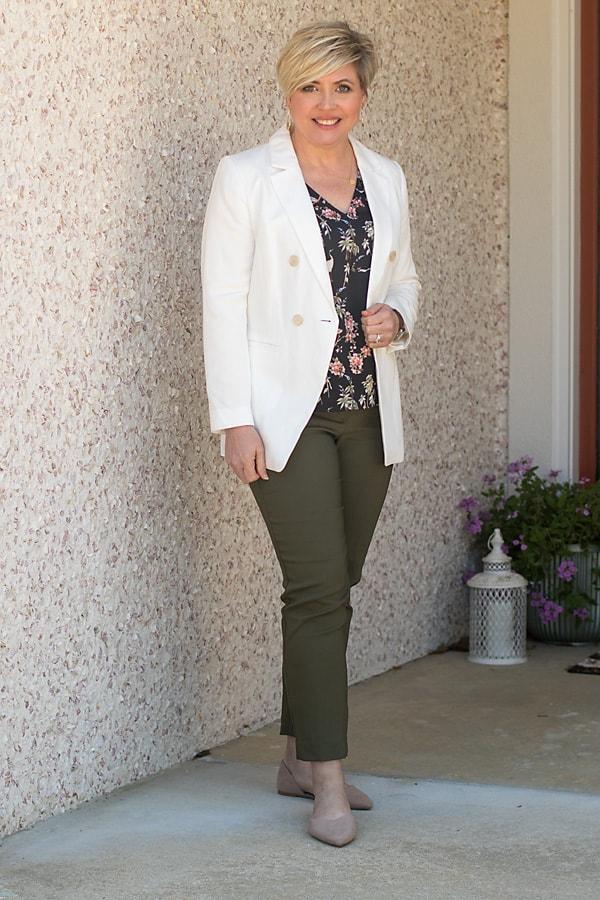 Women's work wear outfit with white blazer