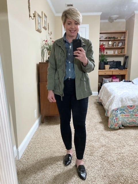 chambray shirt outfit