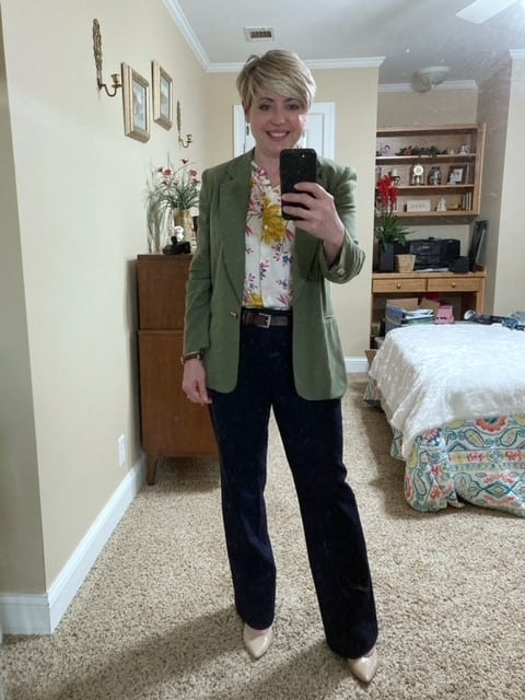Women's spring office outfit
