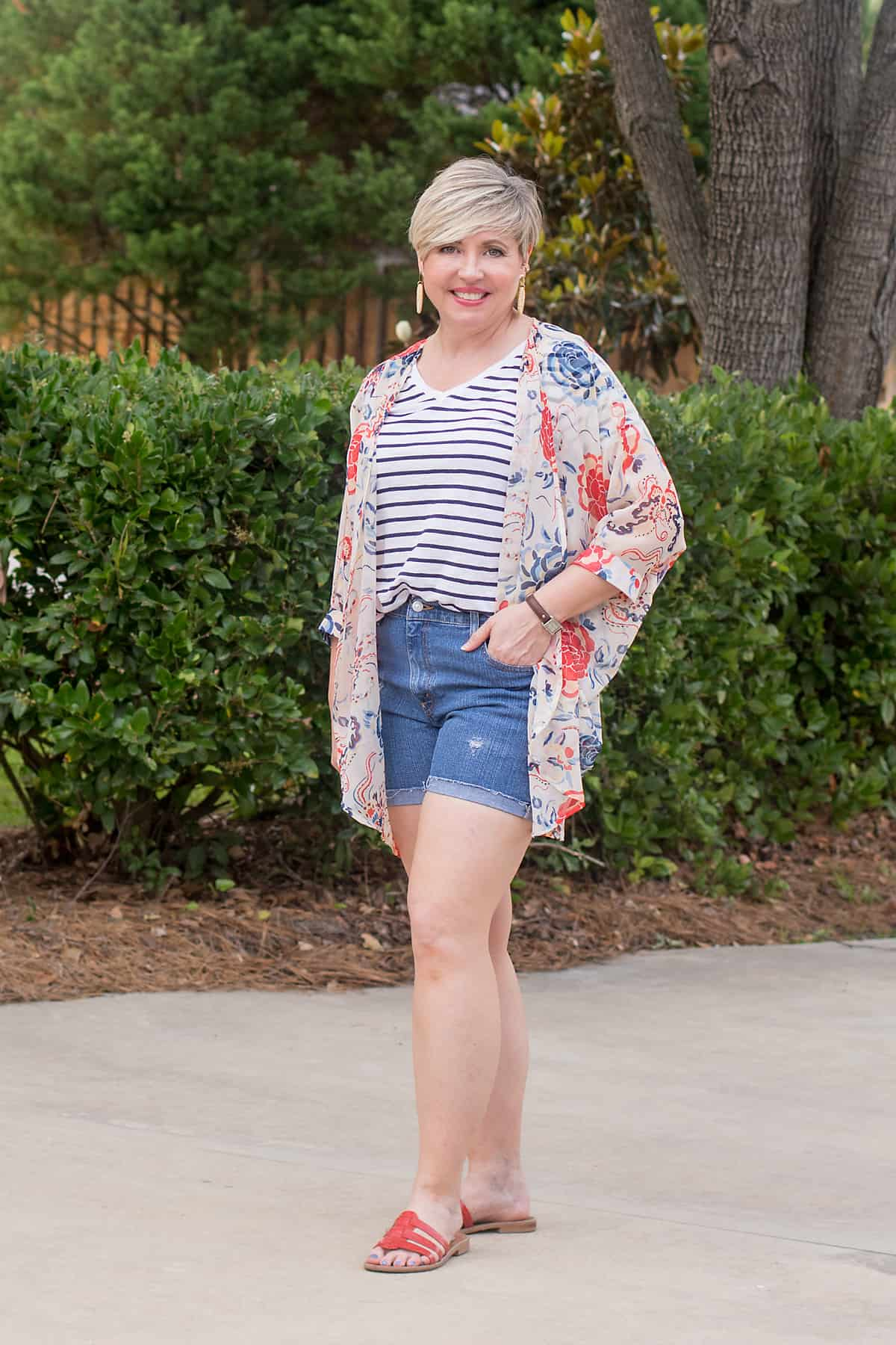 ladies red, white and blue kimono and shorts outfit