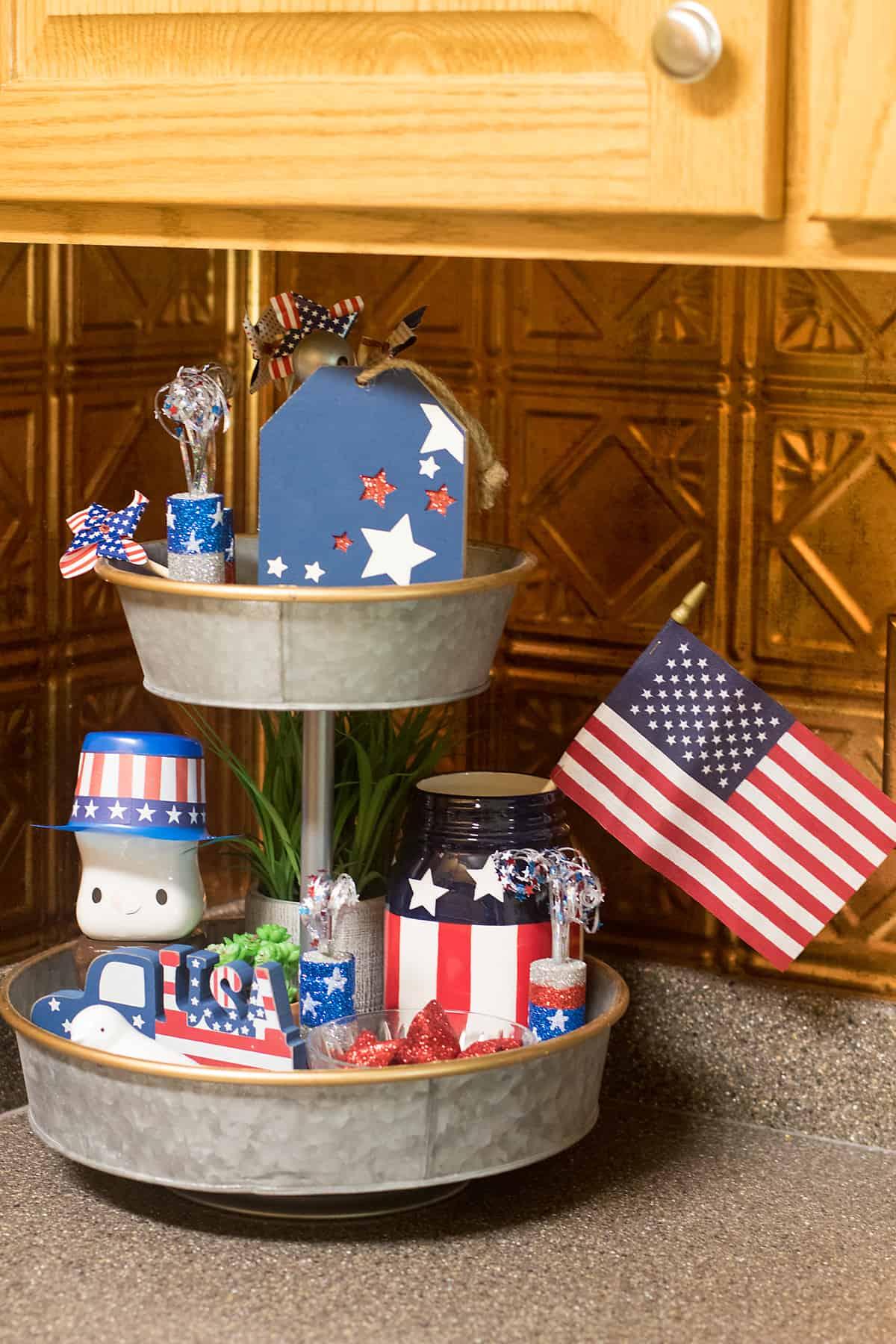 Patriotic themed tray