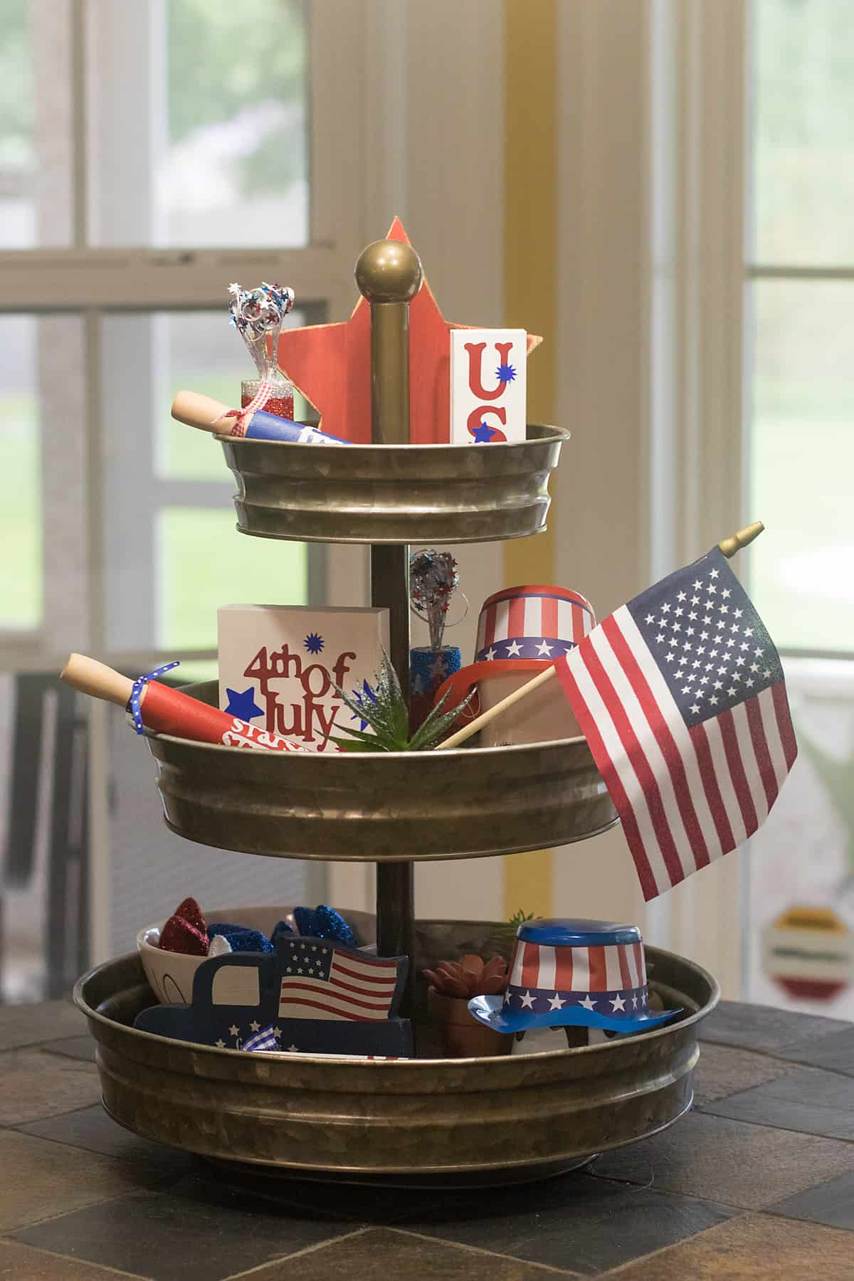 Fourth of July tiered tray