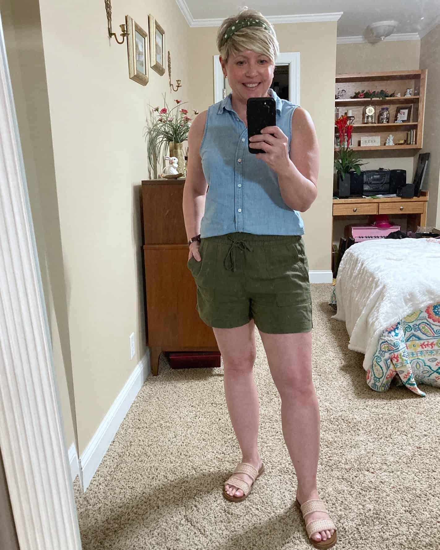 chambray shirt summer outfit