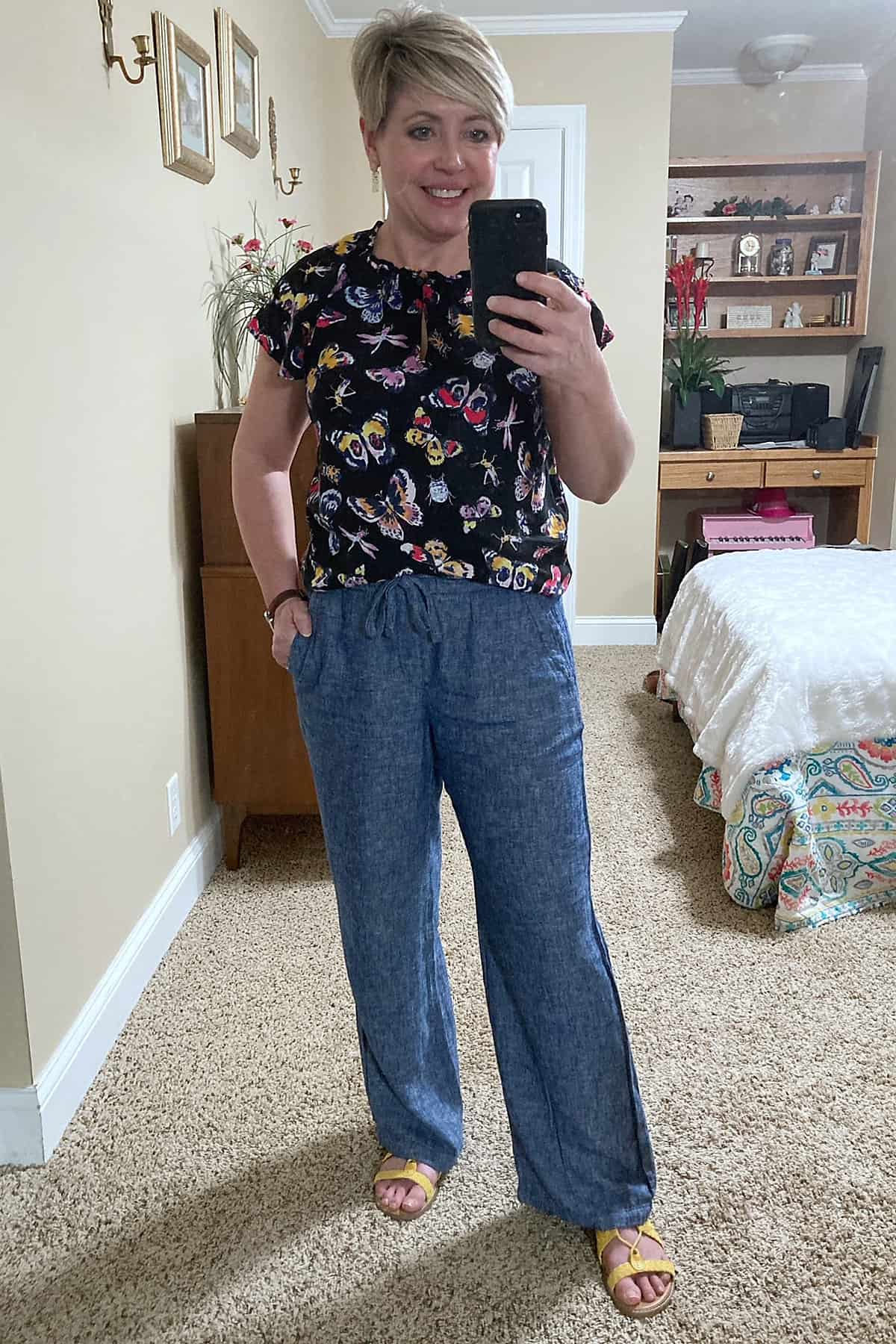 chambray wide leg linen pants outfit