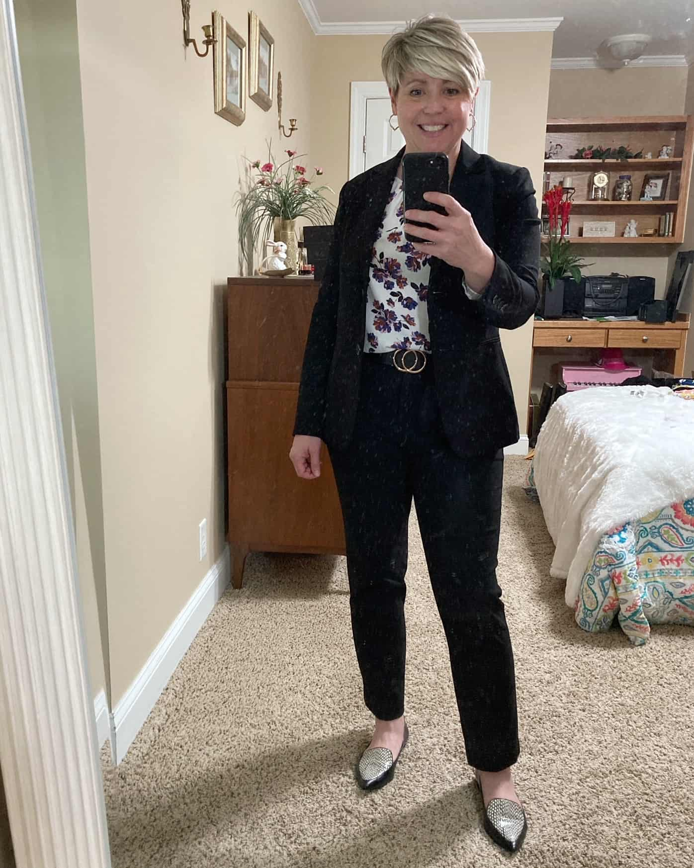 black pants suit outfit