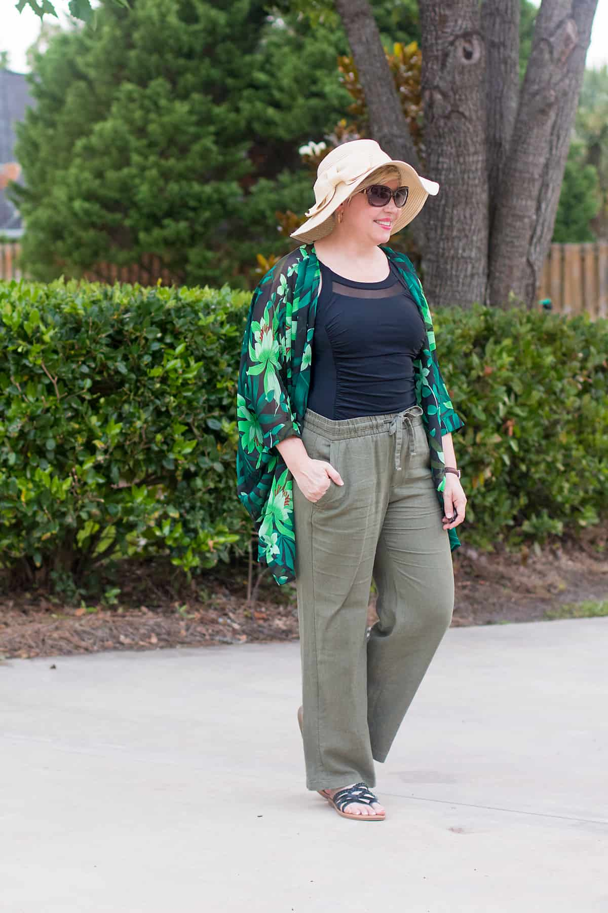 floppy hat with bow outfit