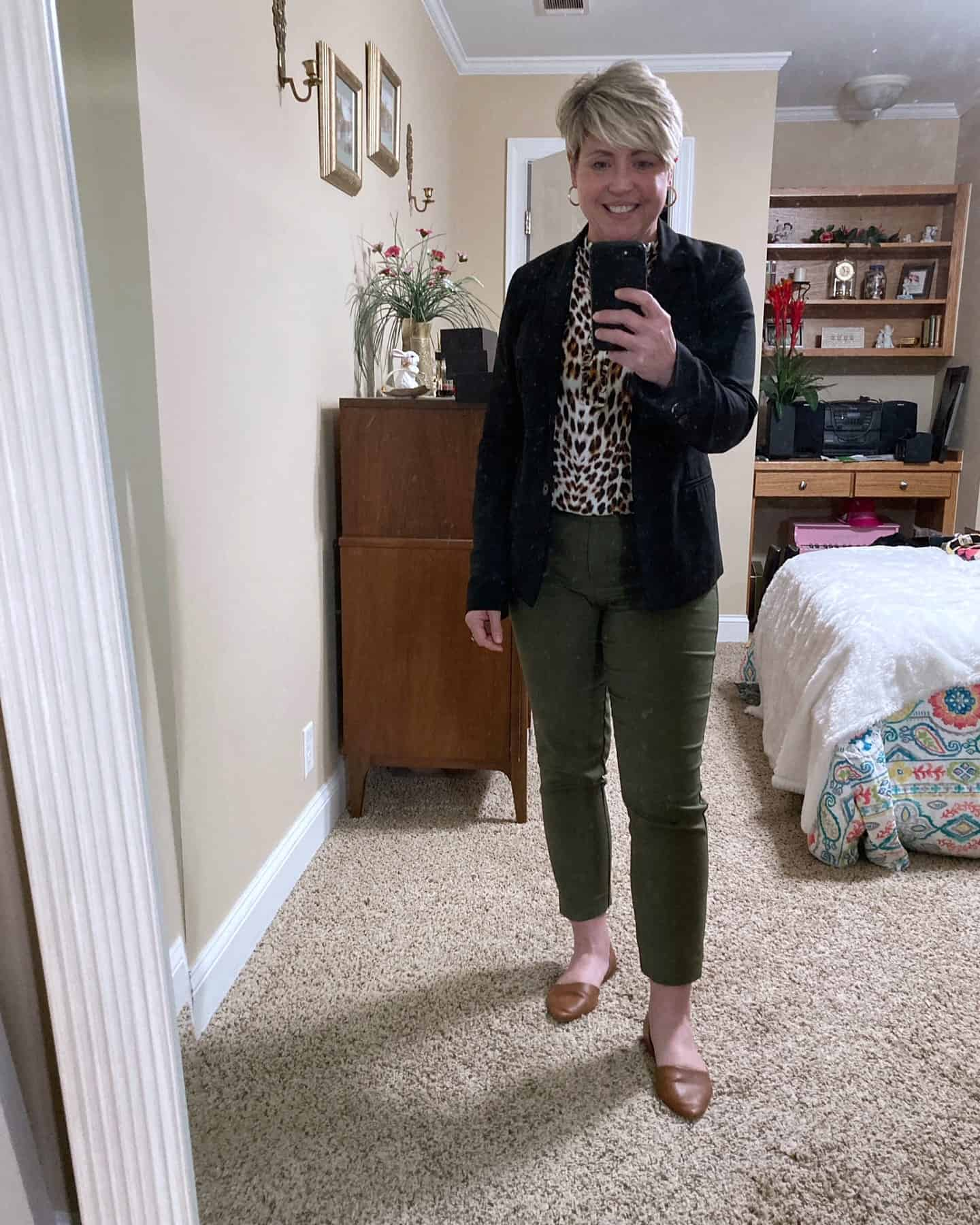 olive pants workwear outfit idea