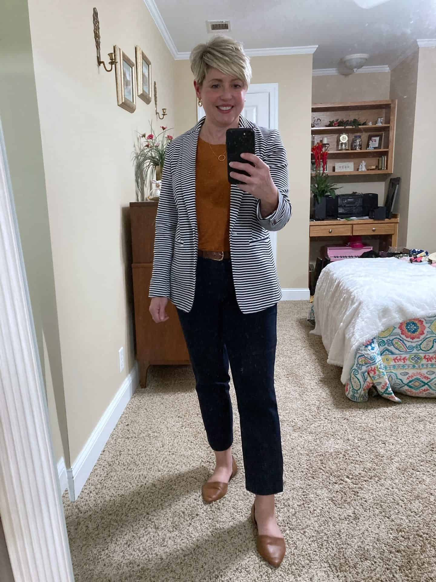 striped blazer workwear outfit idea