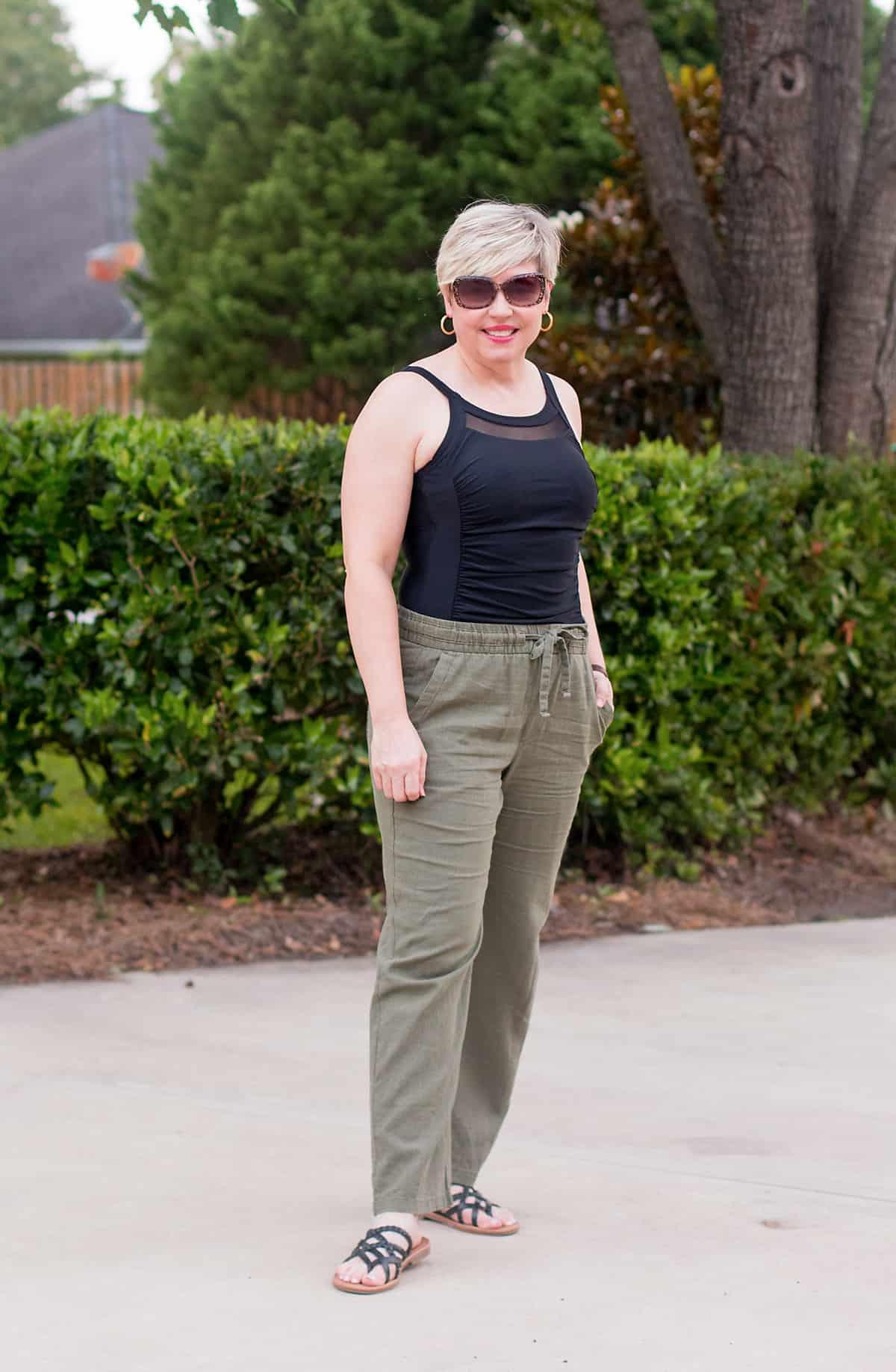 wide leg linen pants beach outfit