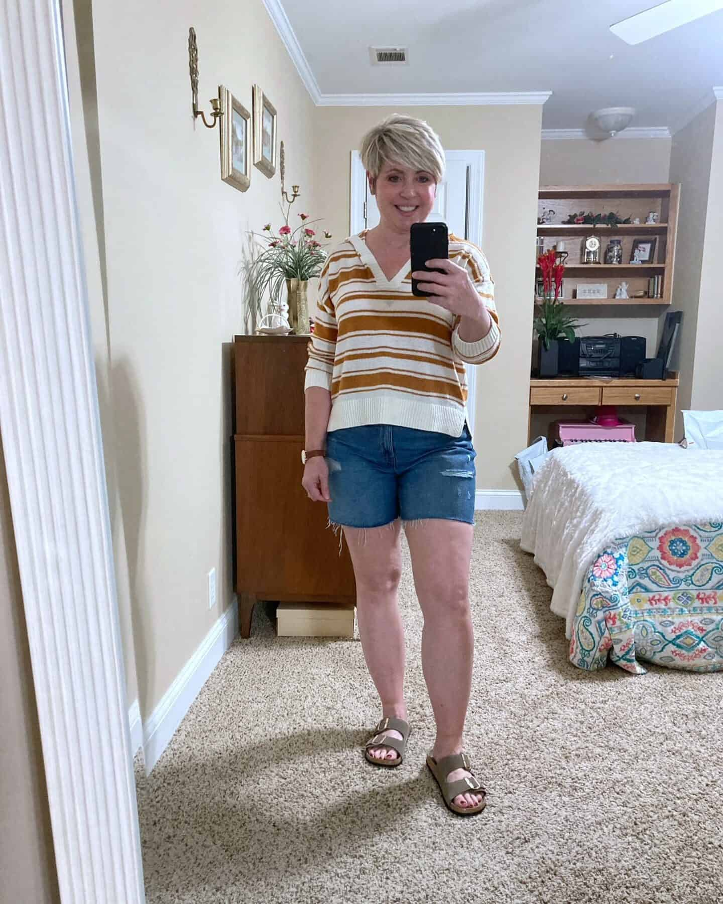 fall shorts outfit with striped hoodie